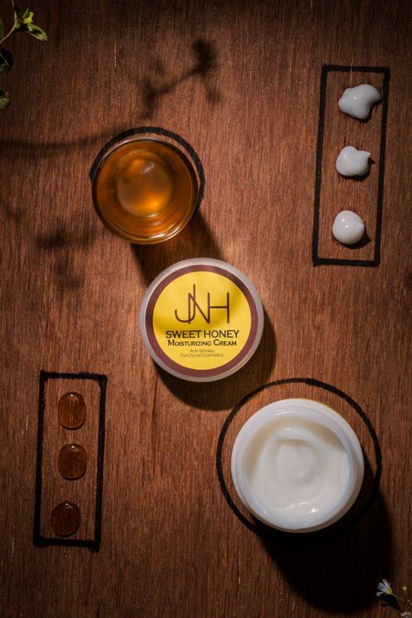 Sweet Honey Moisturizing Cream