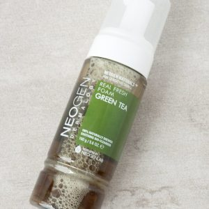 Green Tea Real Fresh Foam Cleanser